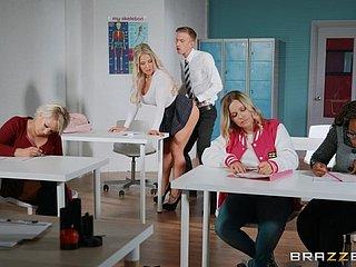 Lehrer bekommen gefickt Student